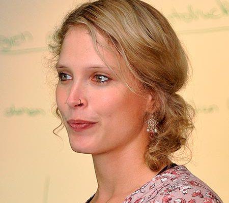 Anne Domke